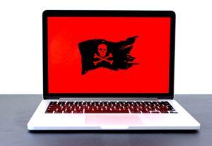 notebook-infectado-vírus-maligno-malware